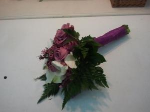 Ramo de novia con rosas y calas