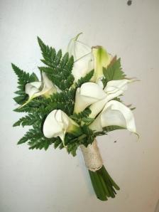 Ramo de novia con calas y helechos (3)