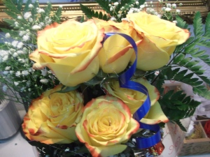 Rosas amarillas a domicilio en media docena (5)