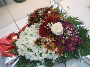 Corazon de flores variadas