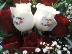 Ramo de rosas con dos rosas tatuadas (6)